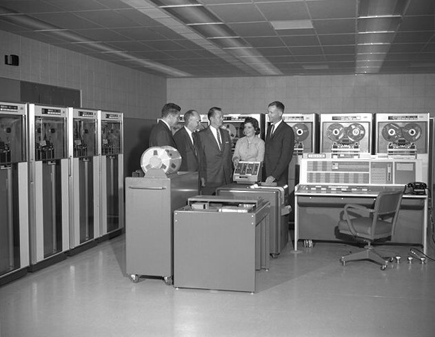 IBM 7090 computer and personnel